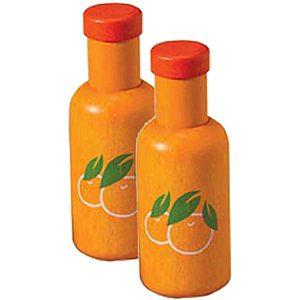 Twee flessen sinaasappelsap