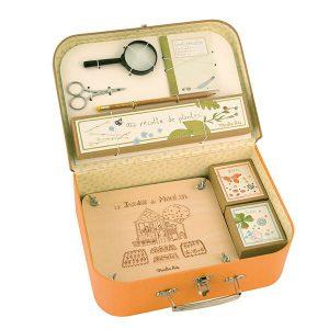 2000712263a-botanische-koffer
